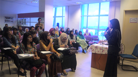 Sharing session by cancer survivor, Dr. Abdah